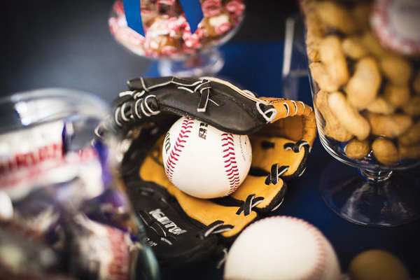 baseball-mitt